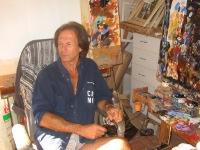 Alain Soucasse dans son atelier